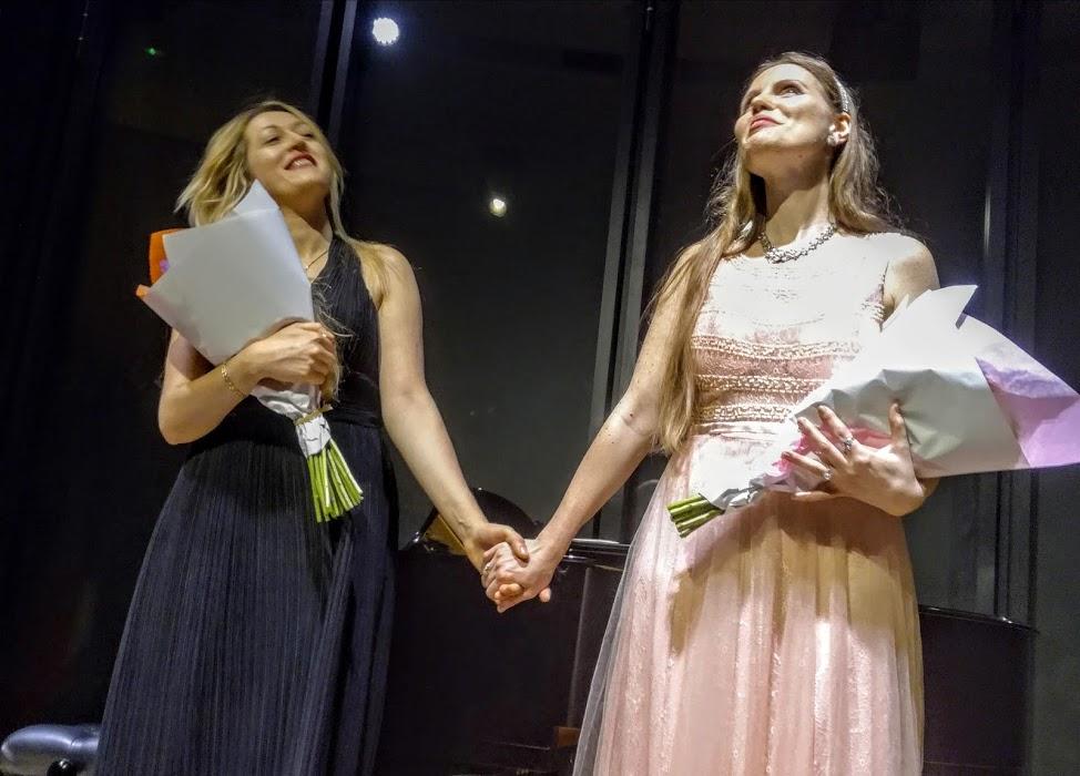 Ce concert nous offrait les chefs-d'oeuvre de l'opéra russe chantés par la grande soprano dramatique Olga-Perrier-Spodareva avec au piano, Valery Kucherenko (à gauche) Photo FC