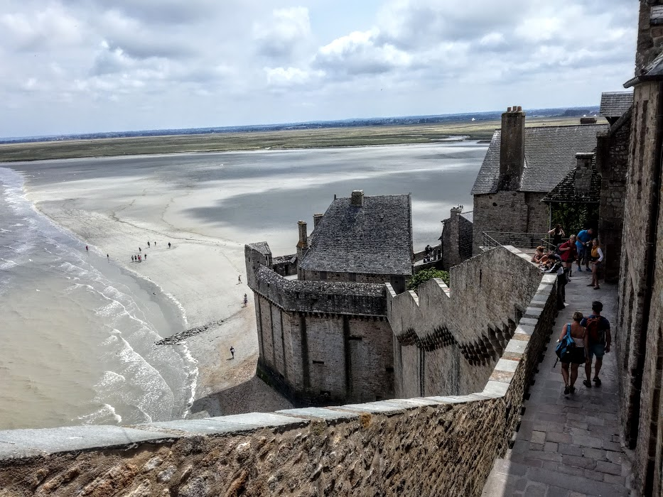 Le Mont-Saint-Michel, côté citadelle inexpugnable (Photo FC)