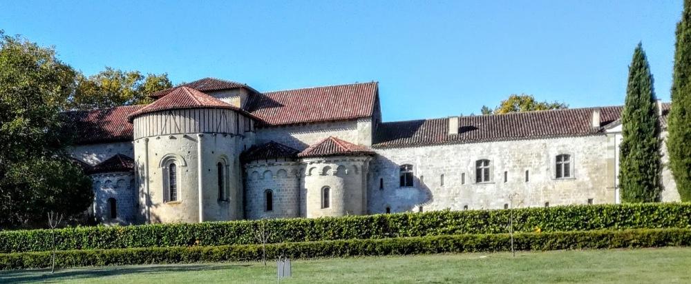 Abbaye de Flaran vue du jardin (Photo FC)