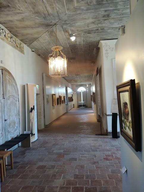 A l'abbaye de Flaran, la prestigieuse collection Michaël Simonow s'expose dans le dortoir des moines (Cézanne, Renoir, Matisse, Picasso, Monet, Braque, Tiepolo, Rubens, Courbet, Rodin...) Photo FC