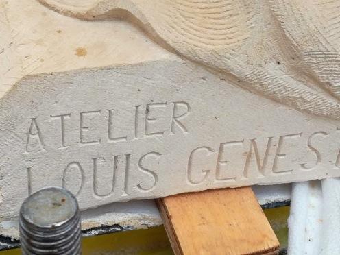 Val de Grâce atelier de sculpture signature un bas d'un génie (Photo FC)