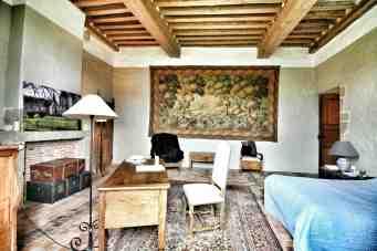 Mayenne Bourgon chambre Aubusson