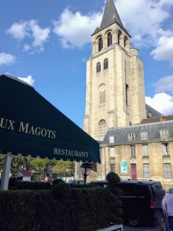 Paris summer times Deux Magot clocher église de Saint-Germain-des-Prés (Photo FC)