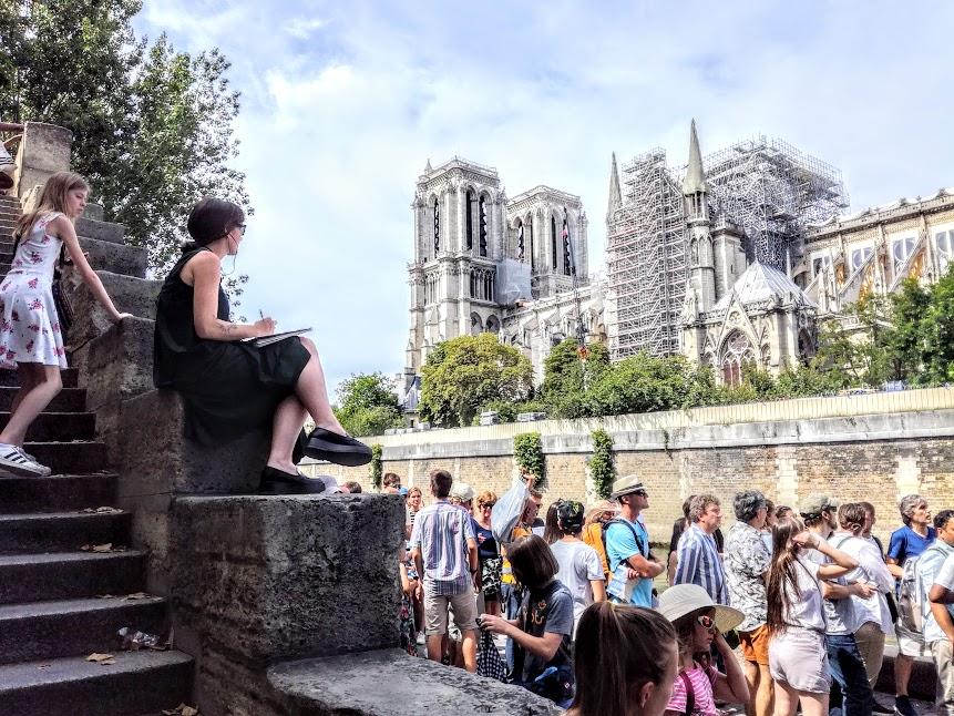 Paris summer times Notre-Dame (Photo FC)