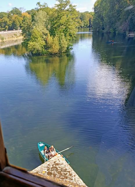 Chenonceau barque sous les arches (Photo FC)