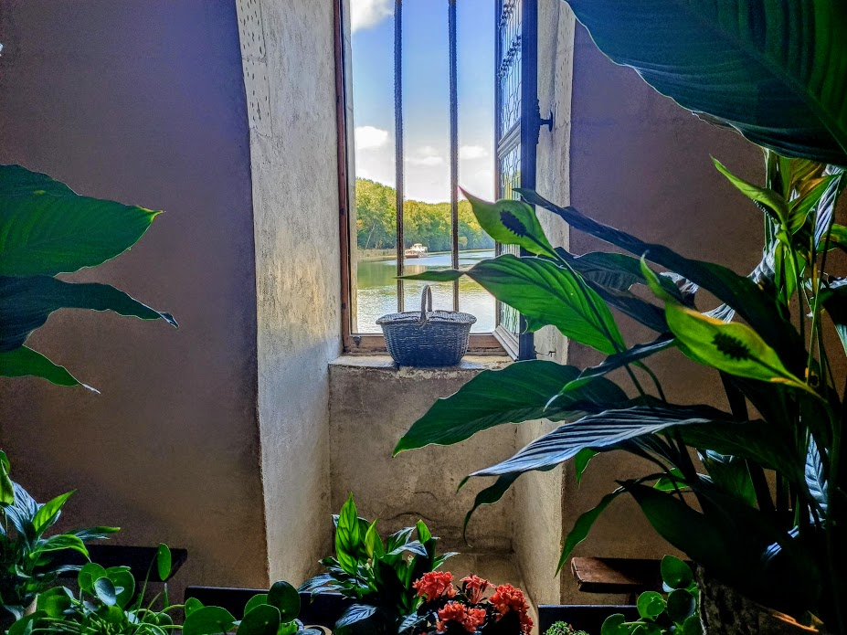 Chenonceau fenêtre ouverte cuisine (Photo FC).jpg