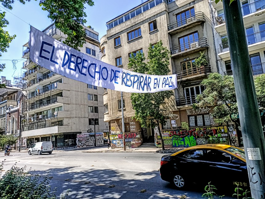 """""""Le droit de respirer en paix"""", une promesse qui attendra dans ce quartier sur l'Alameda (Photo FC)"""
