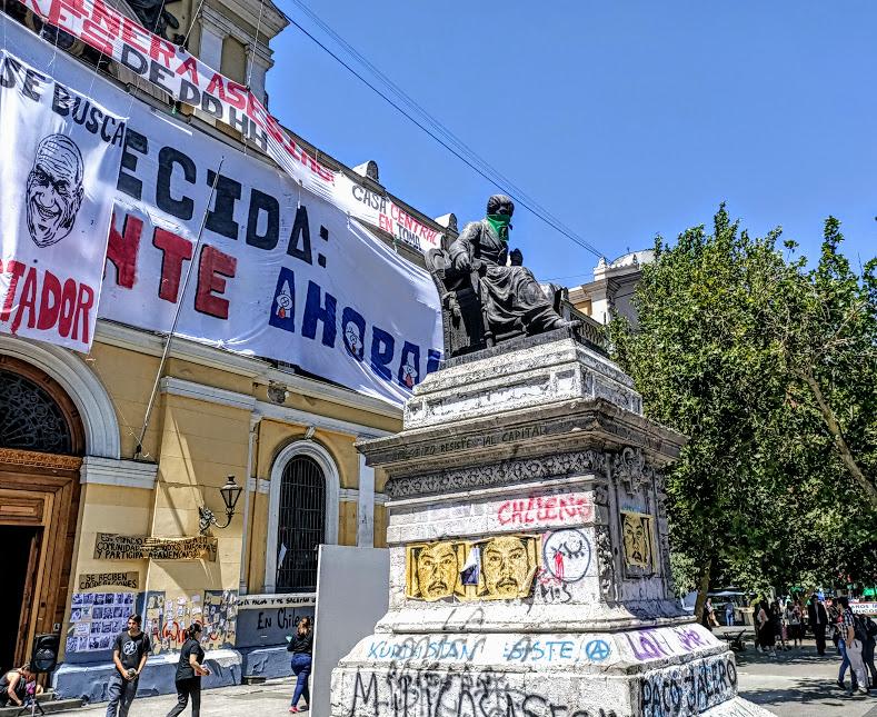 L'Universidad de Chili (établissement public) à deux pas de la Moneda. C'est le foyer le plus engagé dans la contestation (Photo FC)