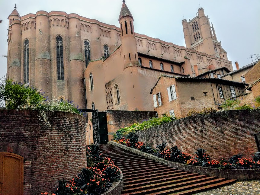 St Cecile's Cathedral of Albi (from the Episcopal City). Built in the 13th century in the southern Gothic style, it is the largest brick cathedral in the world: 113 m long, 35 m wide. It was declared a World Heritage Site by UNESCO in 2010 (Photo FC)